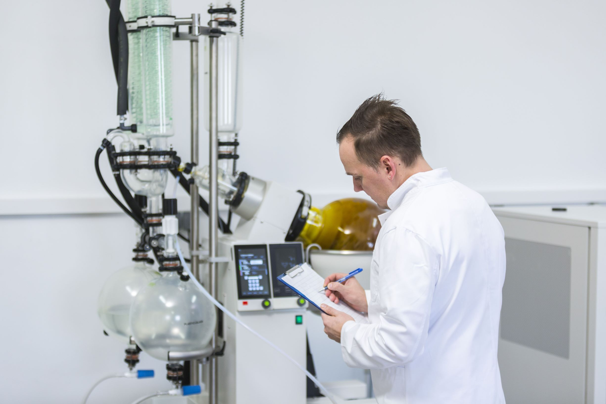 Scientist working with CBD in a lab